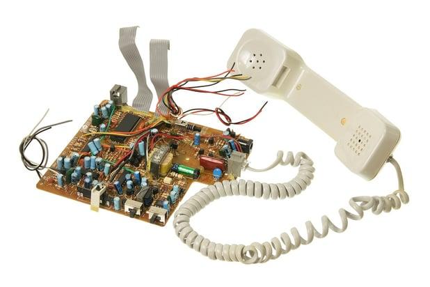 bigstock-Broken-Phone-29089553.jpg